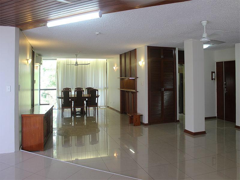 Penthouse Apartment - Sensational Coral Sea Views