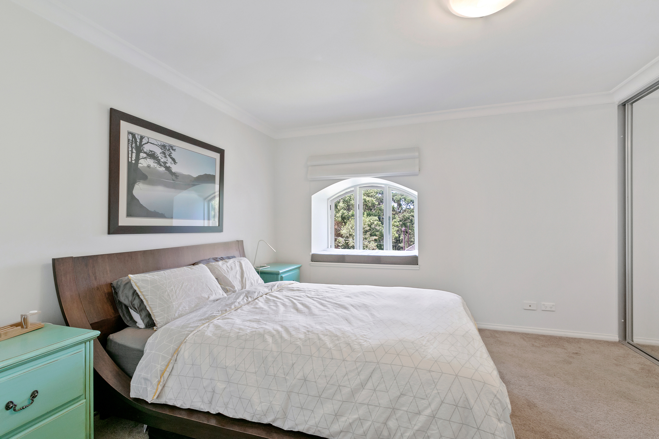 12/2-4 Sugar House Road, Canterbury