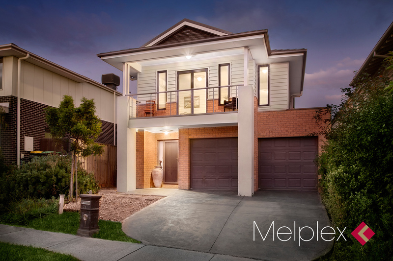 Spacious Contemporary Entertainer on Coburg Hill