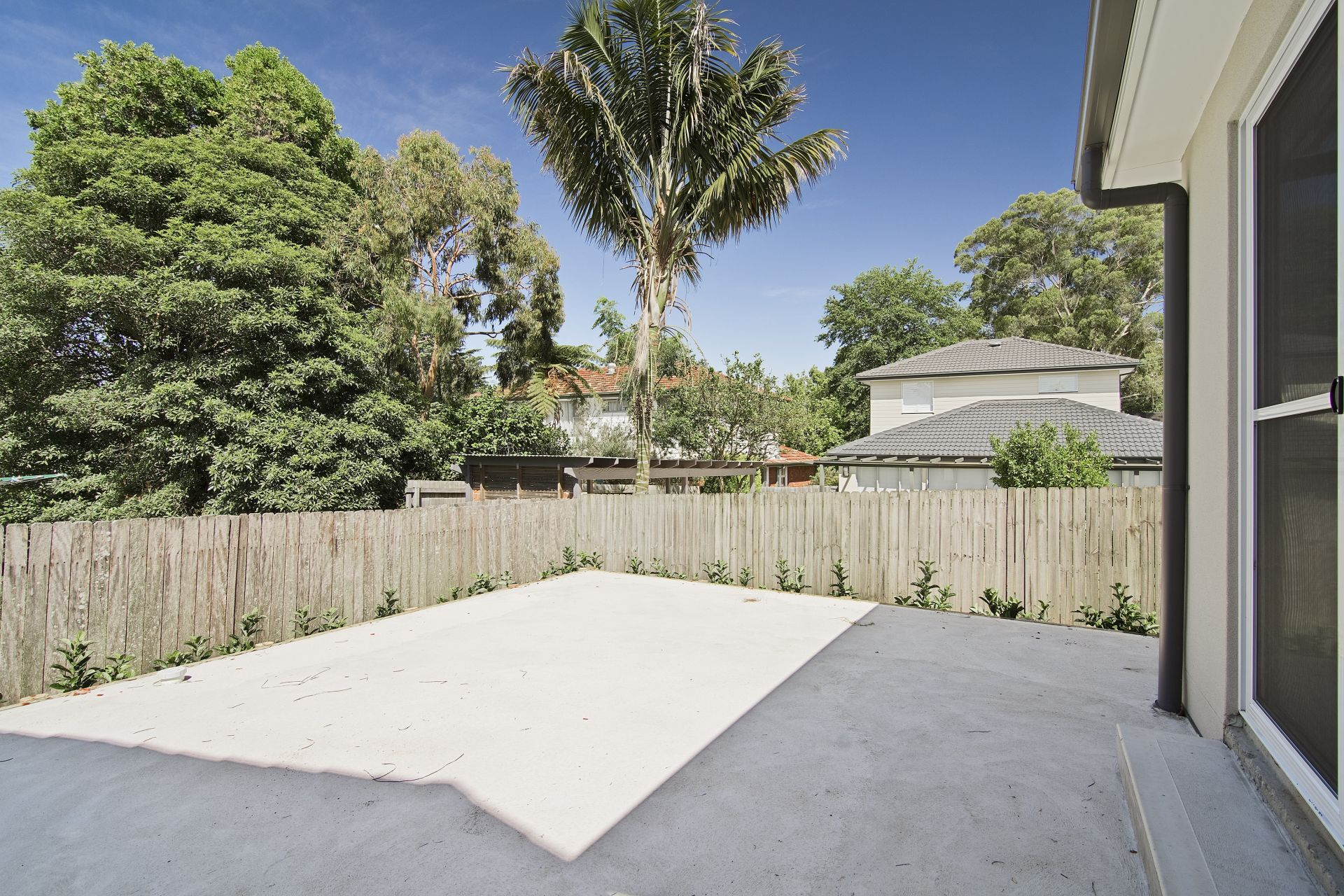 8 Anthony Road, Castle Hill