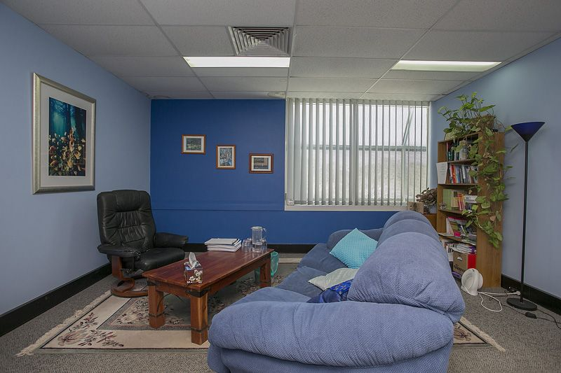 PRICED TO SELL - RARE HAMPDEN ROAD OPPORTUNITY!