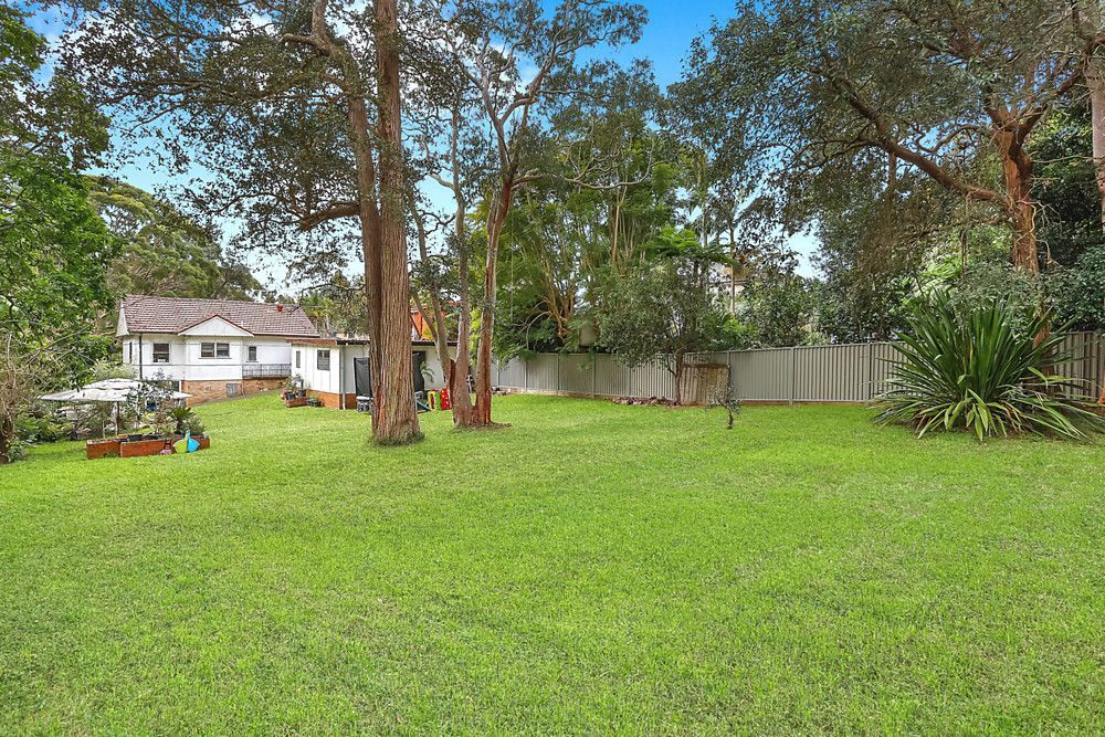 10 Blacket Street, Heathcote NSW 2233