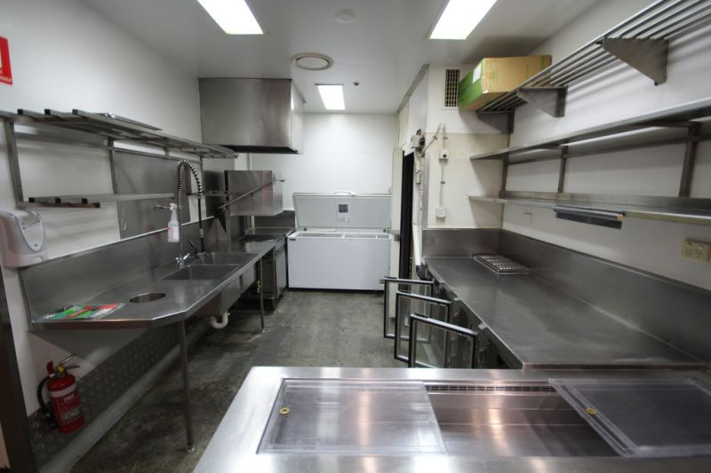 Prominent Corner Position, With Full Commercial Kitchen Fit Out!