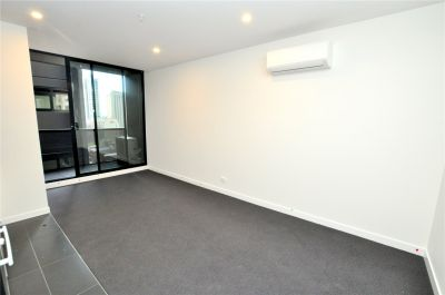 The Metropolitan: One Bedroom Apartment in the Heart of CBD!