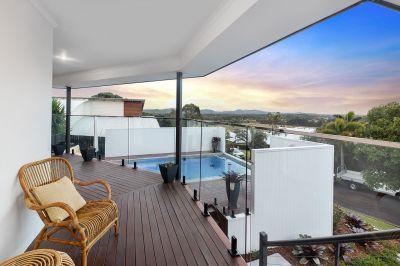 Immaculate coastal home, stunning hinterland views