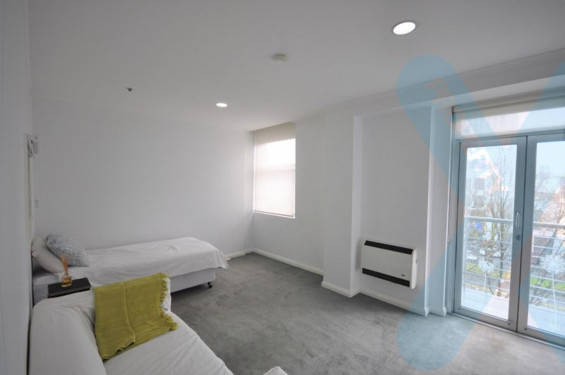 Two Bedroom Apartment in a Perfect Location!